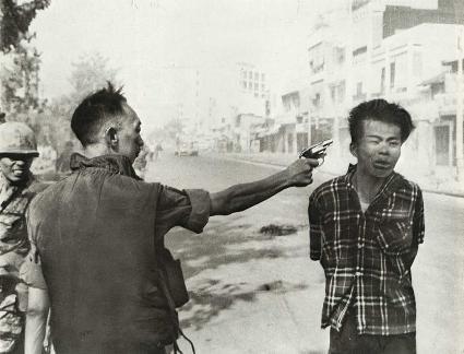 vietnamkriget napalm