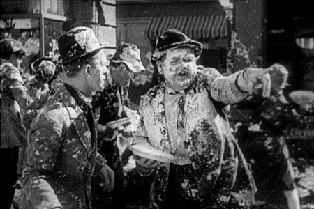 Laurel-and-Hardy-Pie-Fight
